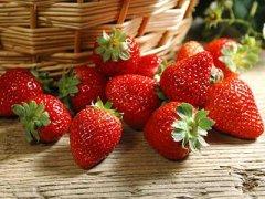 孕妇可以吃草莓吗,孕妇感冒能吃草莓吗