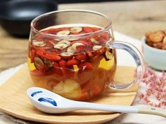 红枣桂圆茶的做法,红枣桂圆茶上火吗
