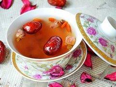 红枣桂圆泡水喝的功效,红枣桂圆泡水喝的方法