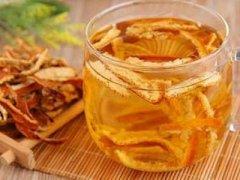 橙子皮泡水喝的功效,橙子皮泡水喝的做法